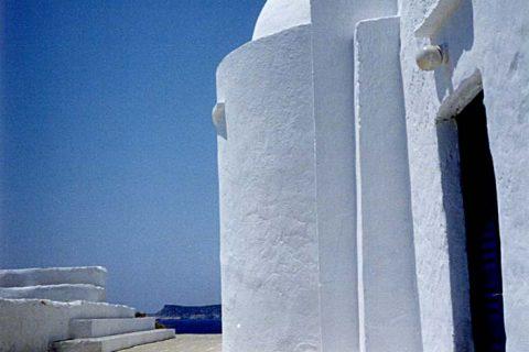 シフノス島 岬の教会